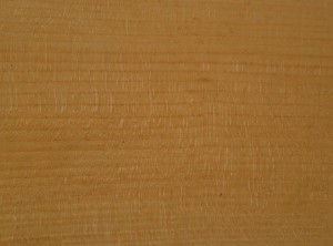 Quarter-sawn and stright grained, with some nice ray flecking.