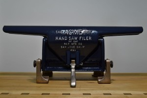 Acme Hand Saw Filer vise, front view.