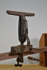 Disston No. 1 adjustable saw vise, front view.